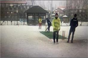 srinagar hosts first ever snow tournament cricket tournament