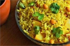 cooking tips  here  s how to make poha in the home kitchen