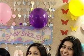 singer harshdeep kaur  baby shower party  photos