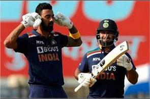 india once again crossed the 300 mark against england