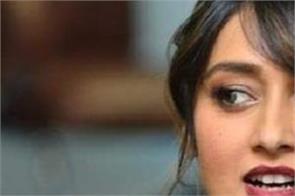 actress ileana d  cruz  s twitter account has been hacked