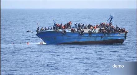 more than 300 refugees rescued from the sea near libya and italy