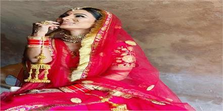 bigg boss ex contestant hina khan bridal look for raanjhanaa song