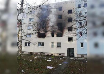 germany  25 injured in explosion at residential building