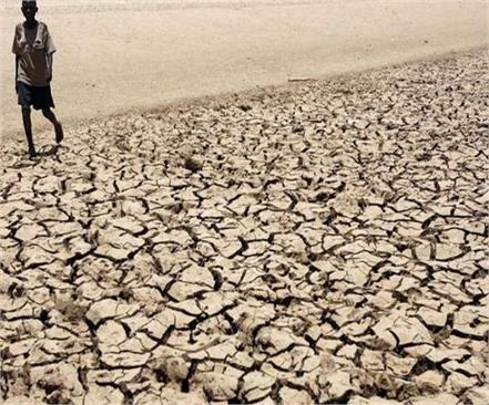 due to climate change  conditions in zimbabwe worsen