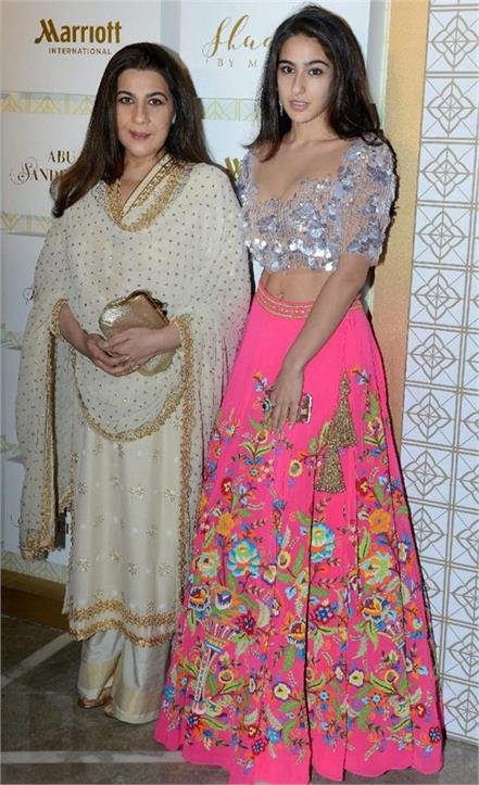 sara ali khan and amrita singh