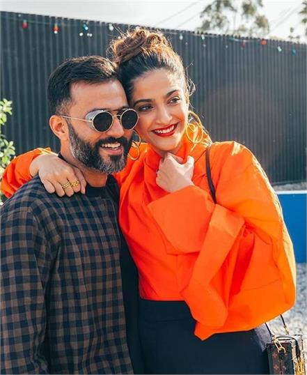 sonam kapoor to sell mumbai house and move to london with anand ahuja