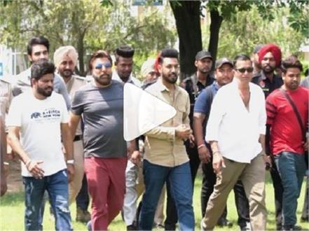 gippy grewla action director sham kaushal ik sandhu hunda si viral video