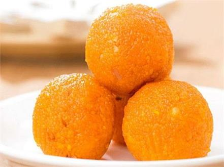 husband complaints wife give laddoo food