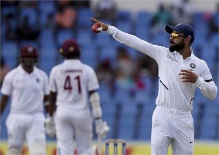 ind vs wi 1st test  india lead by 89 runs on third day by lunch