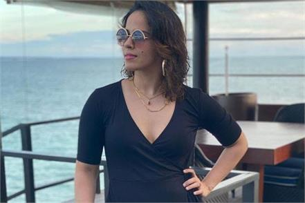 fans obsessed with saina nehwal  s hot look  make weird comments