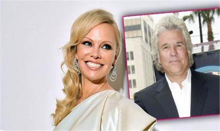 pamela anderson marries film producer jon peters in secret 5th wedding