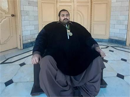 pakistani giant looking for a bride who weighs 100 kg
