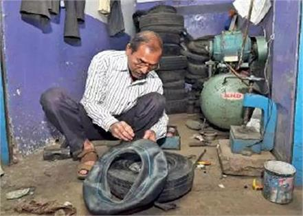 aap mla parveen kumar father puncture repair shop