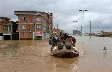 iran floods leave 21 dead