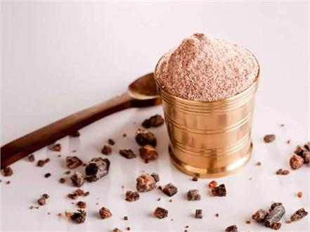 black salt benefits sugar