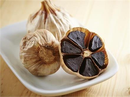 black garlic nutrients benefits