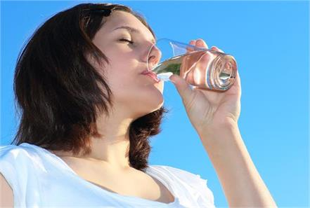 caution  this method of drinking water will harm health