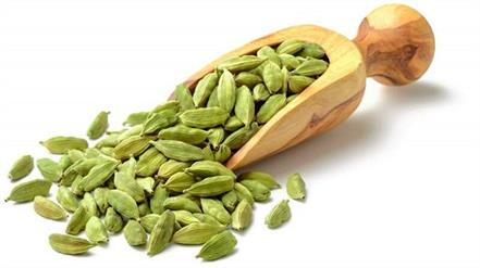little cardamom to get rid of many problems  including flatulence