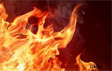 fire put older mother