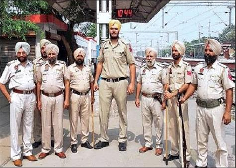 amritsar punjab police jagdeep singh height 7ft 6 inches