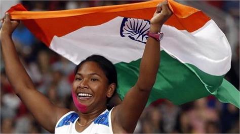 swapna burman has silver in heptathalan  jinan receded from 1500 meters