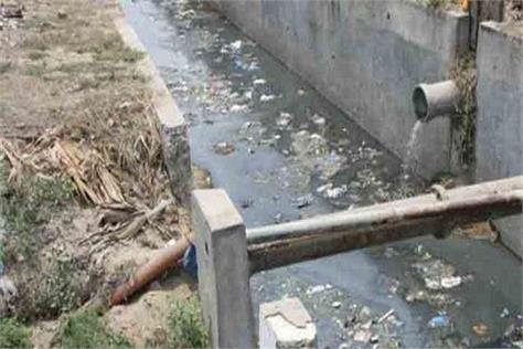 mumbai  another child  death  falling