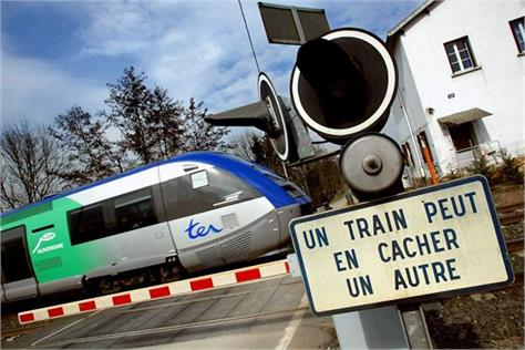in france  the train hit the car  killing 4