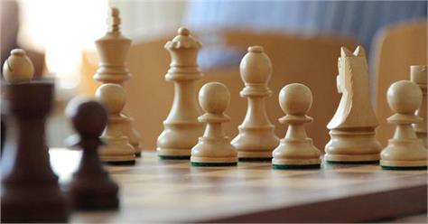 indian grandvaibhav suri defeated top seeded artemiev