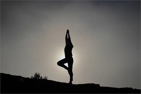 australian researcher  yoga