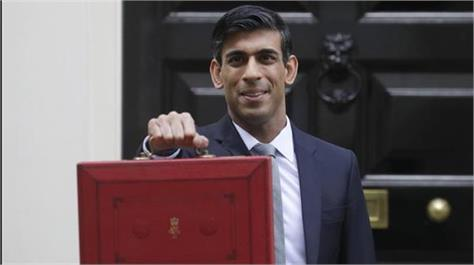 rishi sunak sets out plans to taper off job saving scheme from august