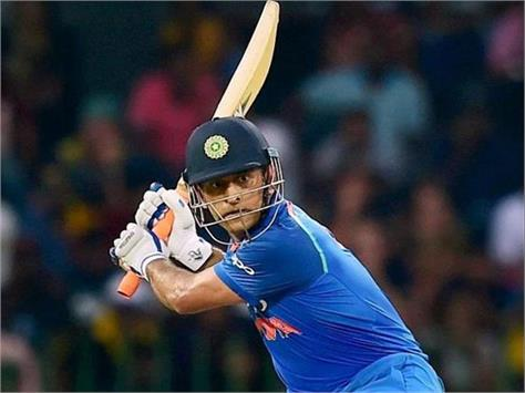 ms dhoni s shot chocolate to be sold in shops dhoni buys stake in the company
