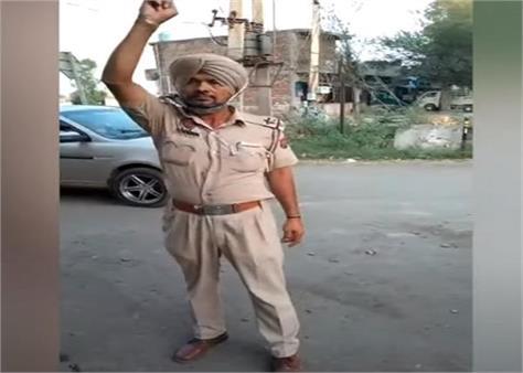 gurdaspur police asi video viral
